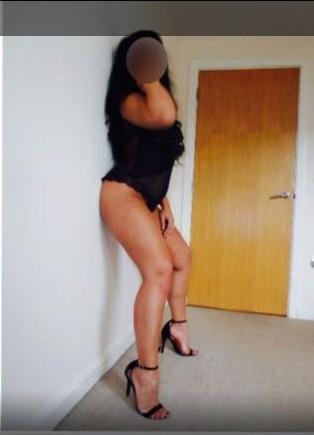 Alev-alev gerçek fotoğraflı escort Neriman