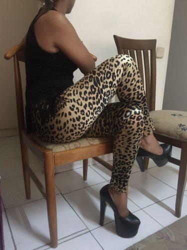 VİP saksocu bayan Mimoza